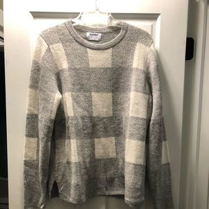 New plaid sweater size large